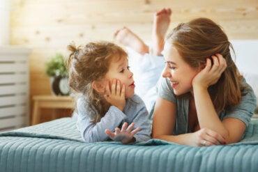 La importancia de la empatía para hablar con niños