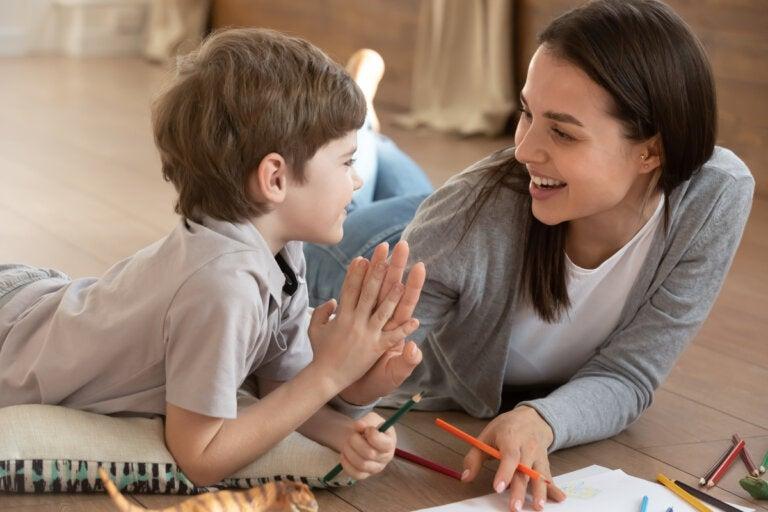 En el desarrollo cognitivo pesa más el nivel académico de la madre y el trabajo del padre