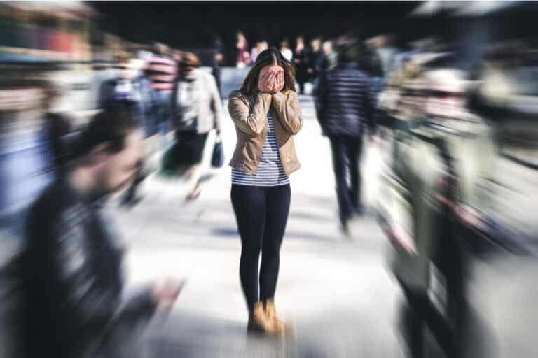 Enoclofobia o miedo a las multitudes