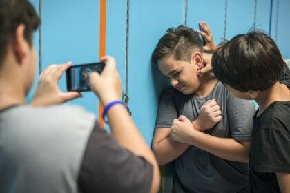 ¿Qué es el bullying homofóbico?