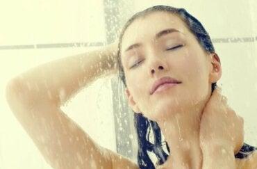 ¿Por qué las mejores ideas surgen bajo la ducha?