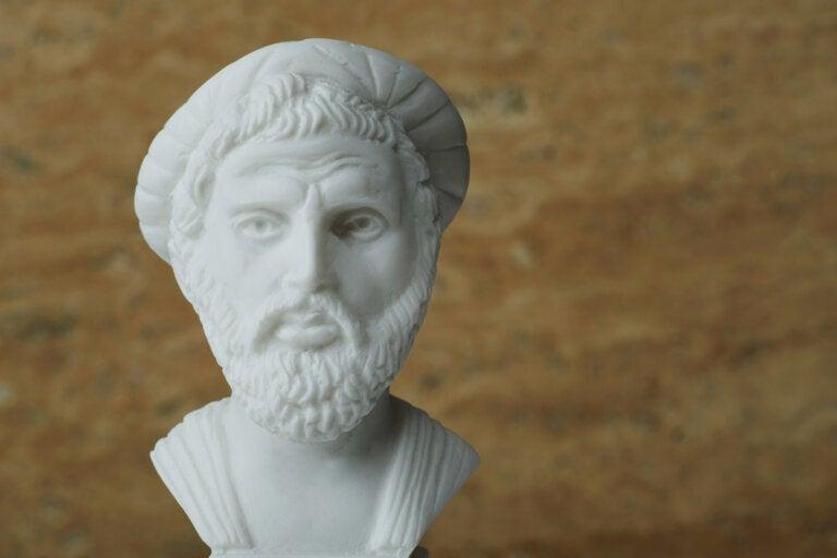 7 frases célebres de Pitágoras