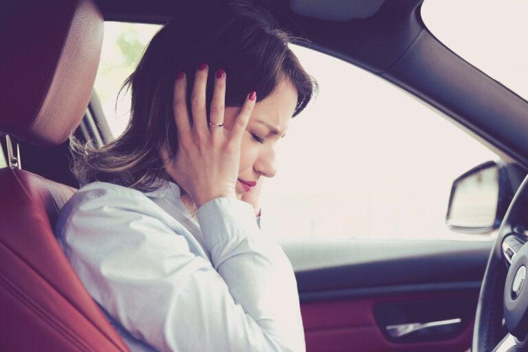 Ansiedad al conducir: síntomas, causas y tratamiento