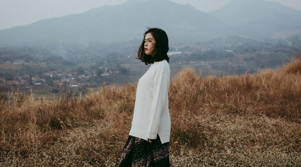 ¿Cómo encontrar el amor si soy una persona solitaria?
