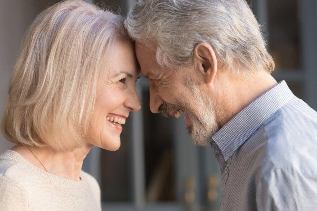 Cómo encontrar pareja después de los 50: tres claves