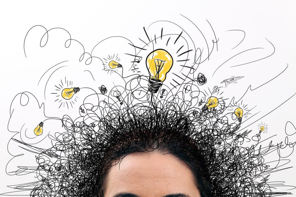 Persona con fuga de ideas representando el Pensamiento catedral