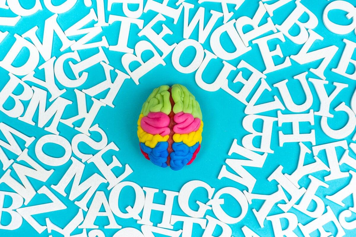 Cómo el lenguaje modifica el pensamiento