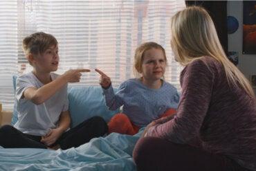 Peleas entre hermanos: ¿cómo actuar?