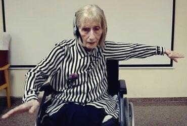 Marta Cinta, la bailarina con alzhéimer que despierta con «El lago de los cisnes»