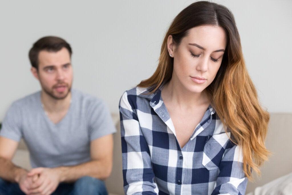 Mi pareja no me cuenta sus preocupaciones, ¿a qué se debe?