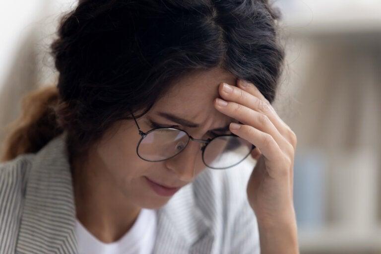 Depresión laboral: síntomas, causas y tratamiento