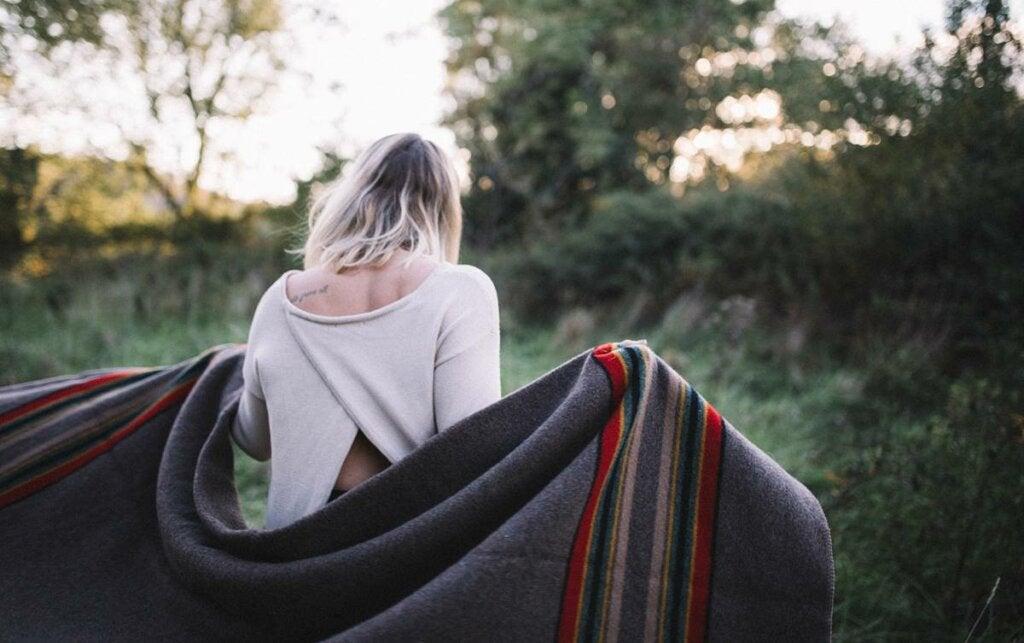 El dilema de la manta corta: elegir entre lo malo o lo peor
