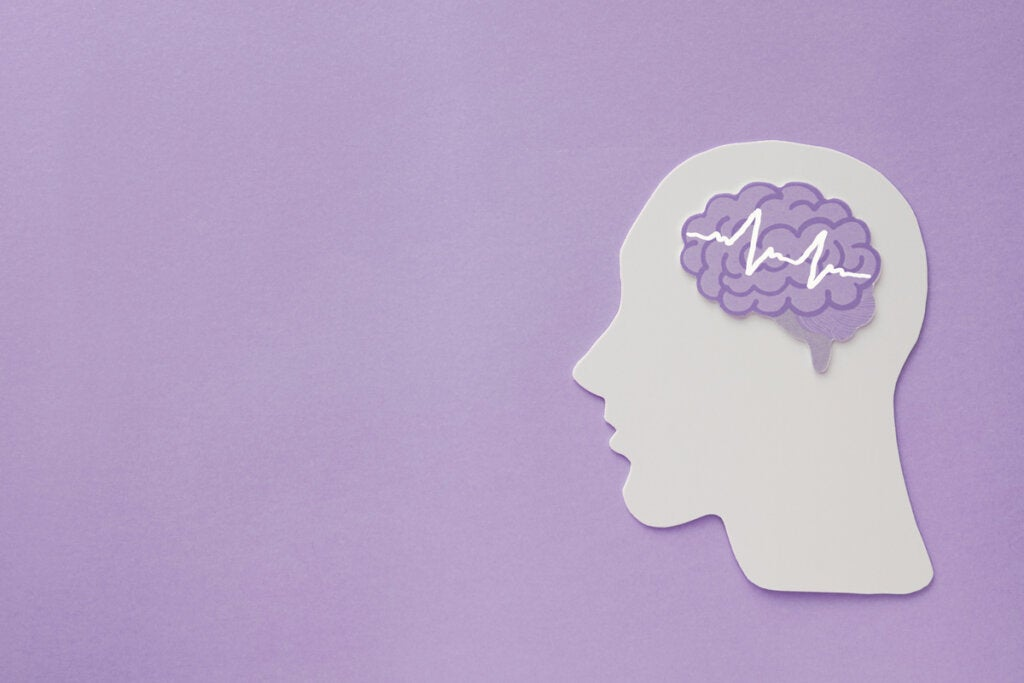 Cabeza con cerebro con epilepsia