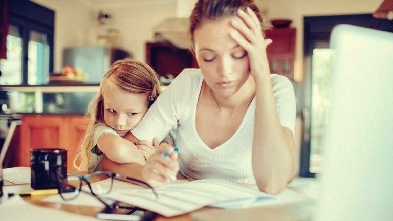 Burnout parental: fatiga asociada al cuidado de los hijos