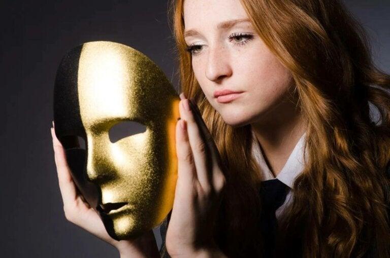 El síndrome del impostor laboral, ¿en qué consiste?