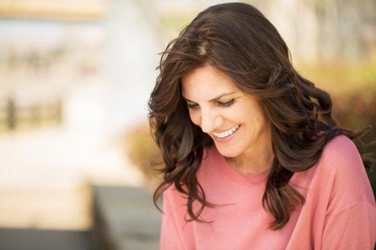 Los 5 ejercicios de felicidad, según Lauire Santos