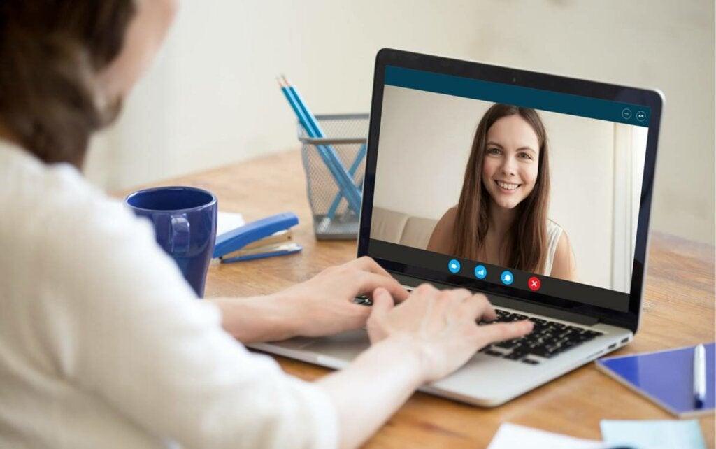 Entrevista de trabajo por videollamada: 9 claves que debes conocer