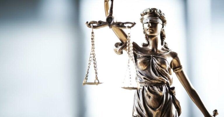 Justicia poética: ¿en qué consiste?