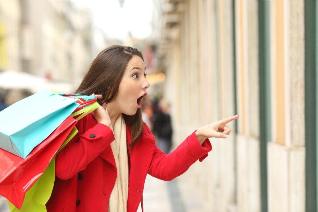 ¿Por qué hay personas que compran de forma compulsiva?