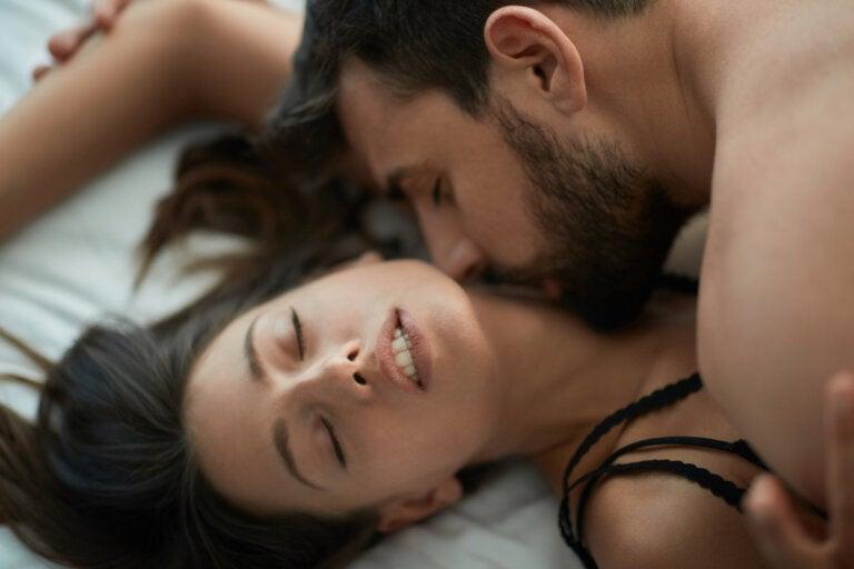 8 juegos sexuales para recuperar la pasión