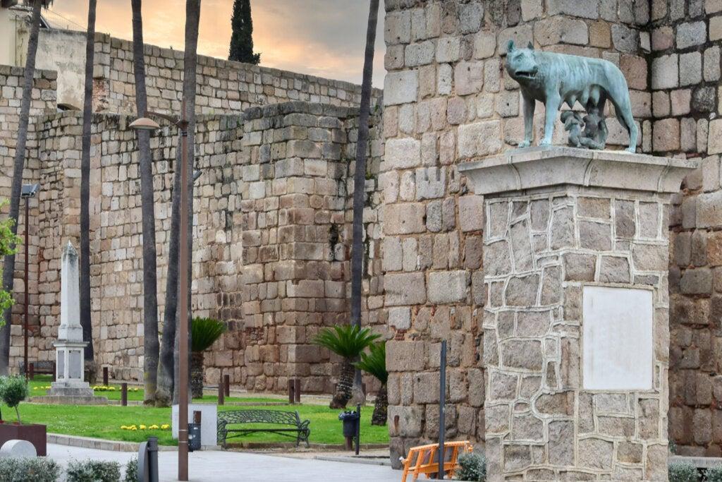 Escultura de Luperca con Rómulo y Remo