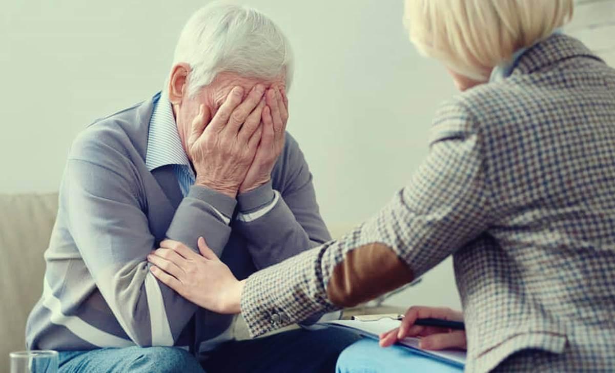 La discriminación a personas mayores: una realidad cada vez más común según la OMS
