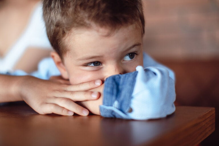 7 señales de que un niño no es feliz