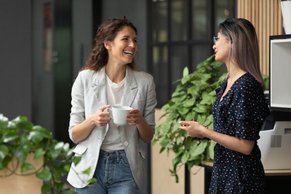 Preguntas invasivas sobre tu intimidad o situación laboral: ¿dónde poner el límite?