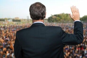 Las crisis también revelan a los falsos líderes