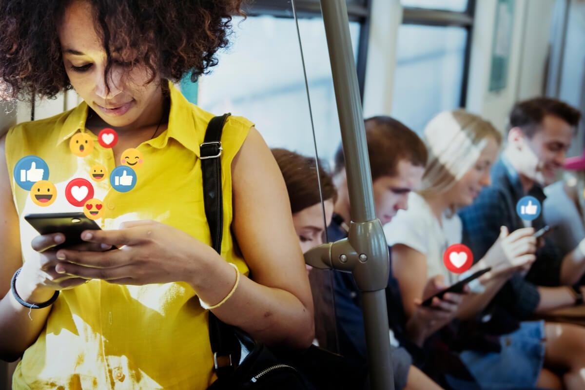 ¿Éramos más felices sin redes sociales?