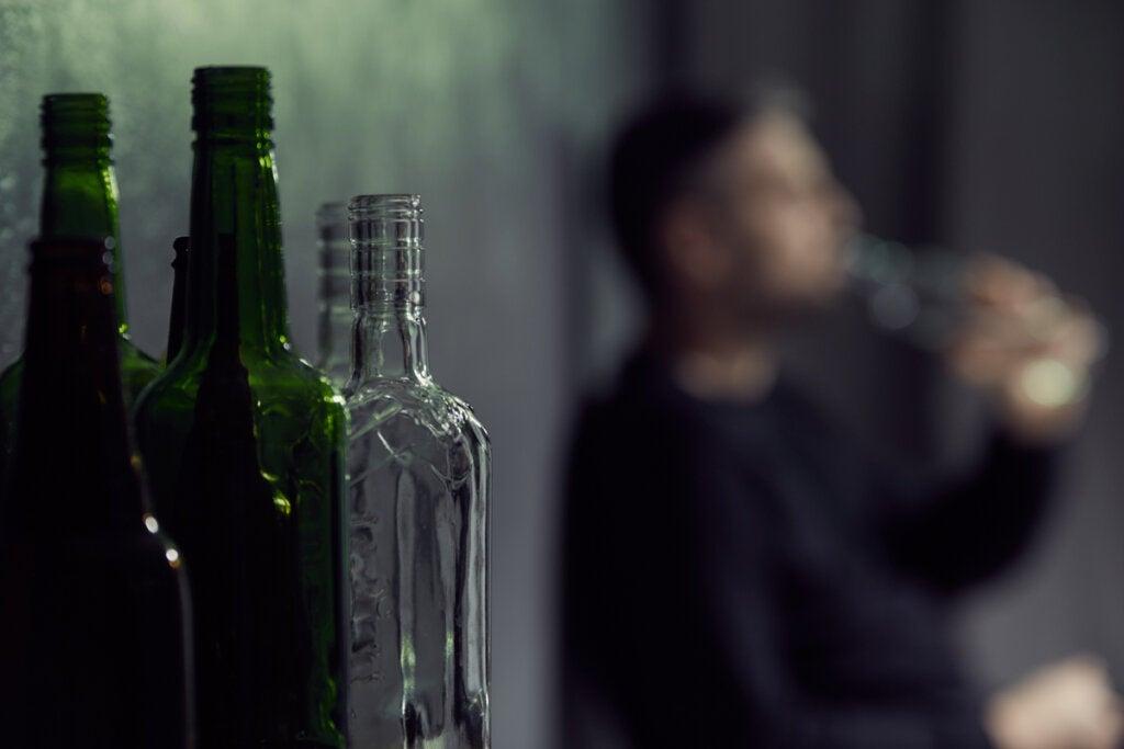 Hombre con problemas de alcohol