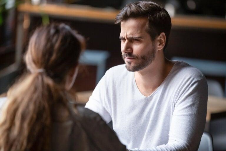 Los 5 puntos débiles de un narcisista que debes conocer