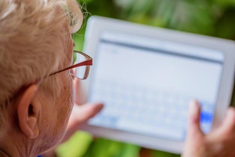 Las búsquedas por Internet podrían revelar trastornos neurodegenerativos, según un estudio