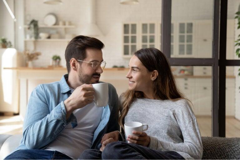 ¿Es verdad que las parejas terminan pareciéndose mucho entre sí?