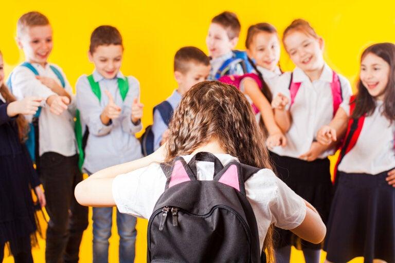 Los testigos del bullying: mirar, sufrir y no actuar
