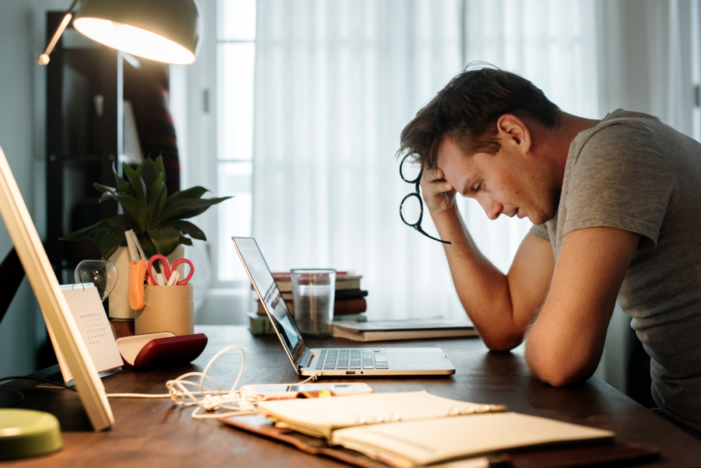 Salario y salud mental: el coste psicológico de la precariedad