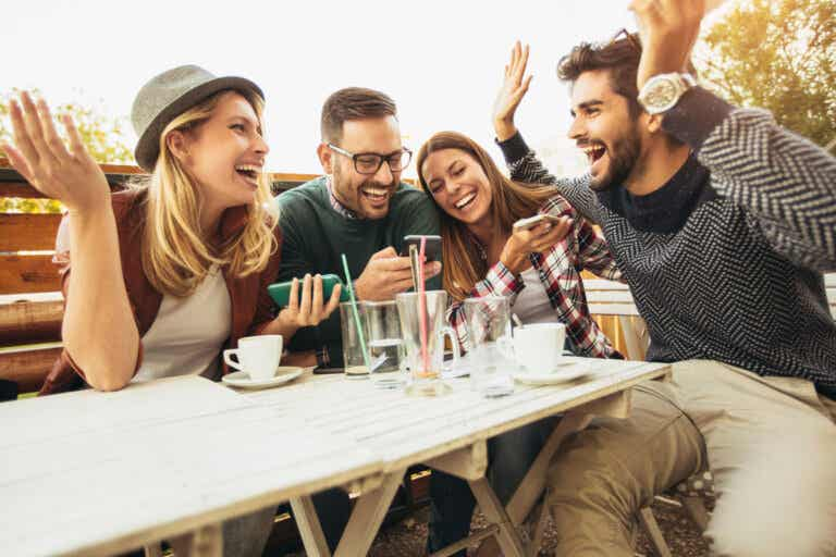 80 preguntas para jugar a verdad o reto con tus amigos