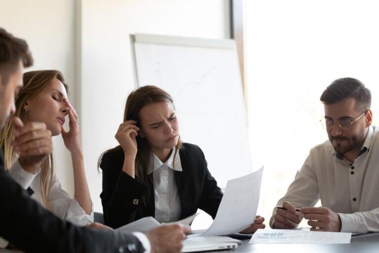 Estrés psicológico entre los abogados: ¿por qué ocurre y cómo afrontarlo?