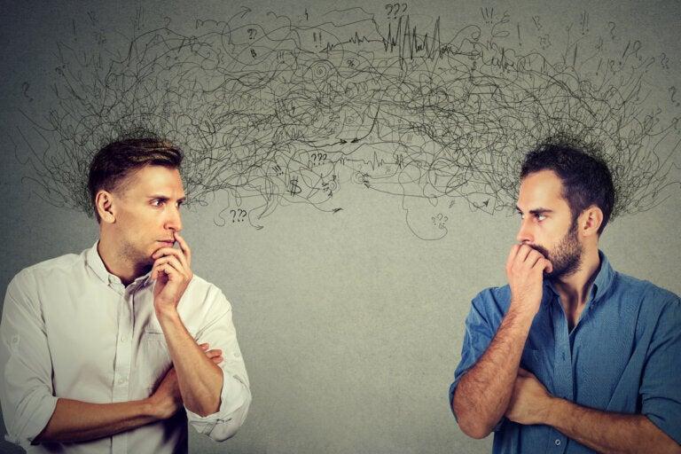 Trastorno psicótico compartido: síntomas, causas y tratamiento