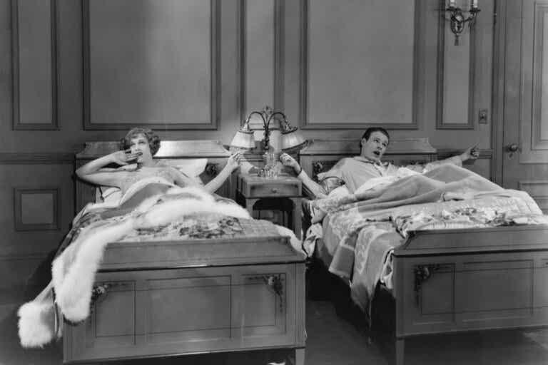 Dormir en camas separadas: ¿el secreto de las parejas felices?