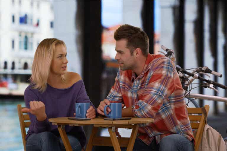 Mi pareja quiere una relación abierta y yo no: qué hacer